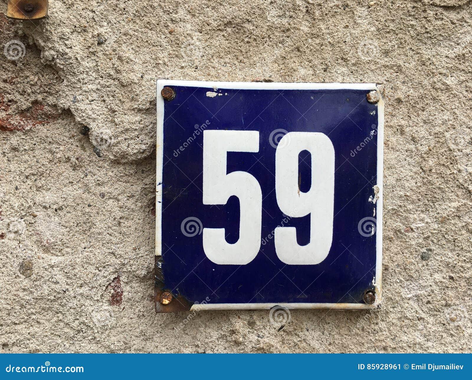 59 op uitstekende huisplaat