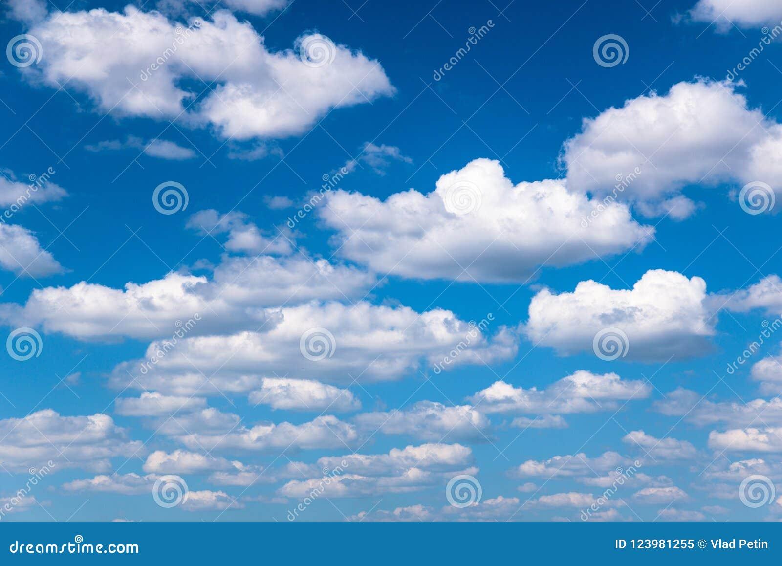 Opacifie le blanc de cumulus