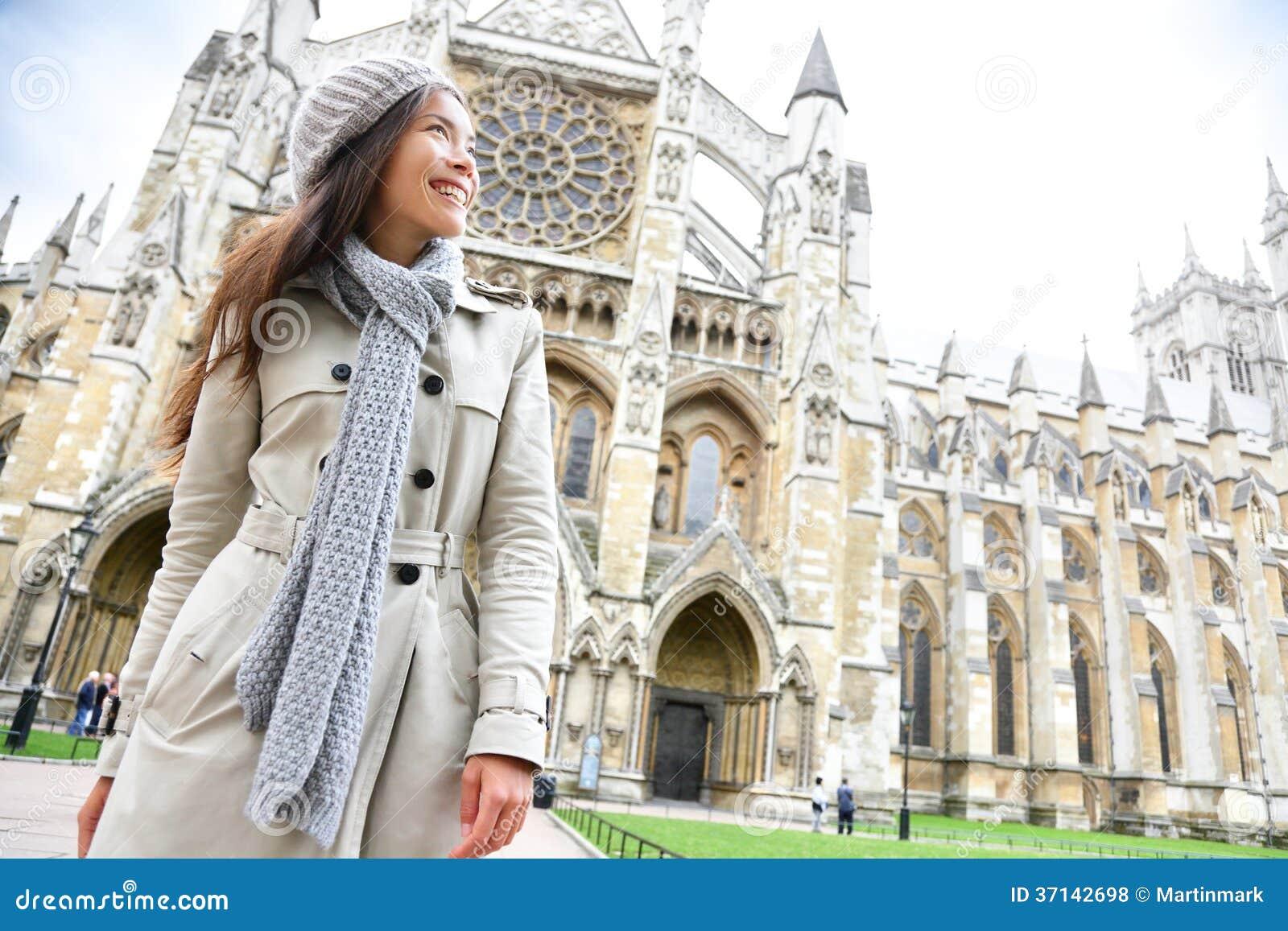 Opactwo Abbey kościelny Londyn z młodą kobietą