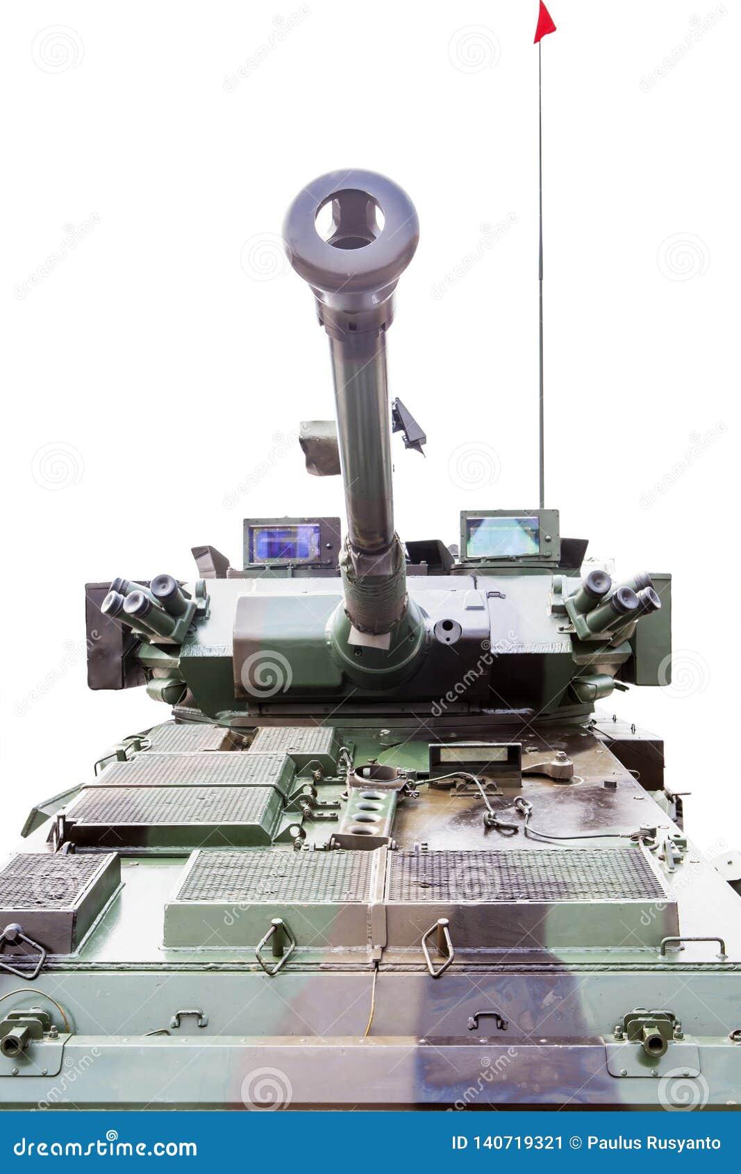 Opancerzony militarny zbiornik w studiu