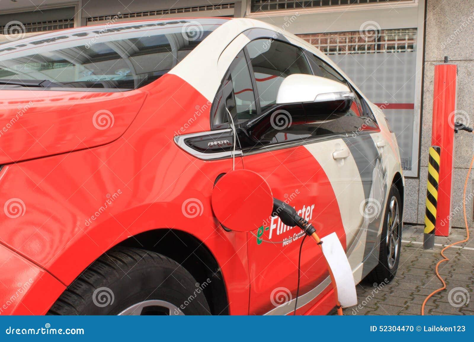 Opel Ampera Flinkster elettrico