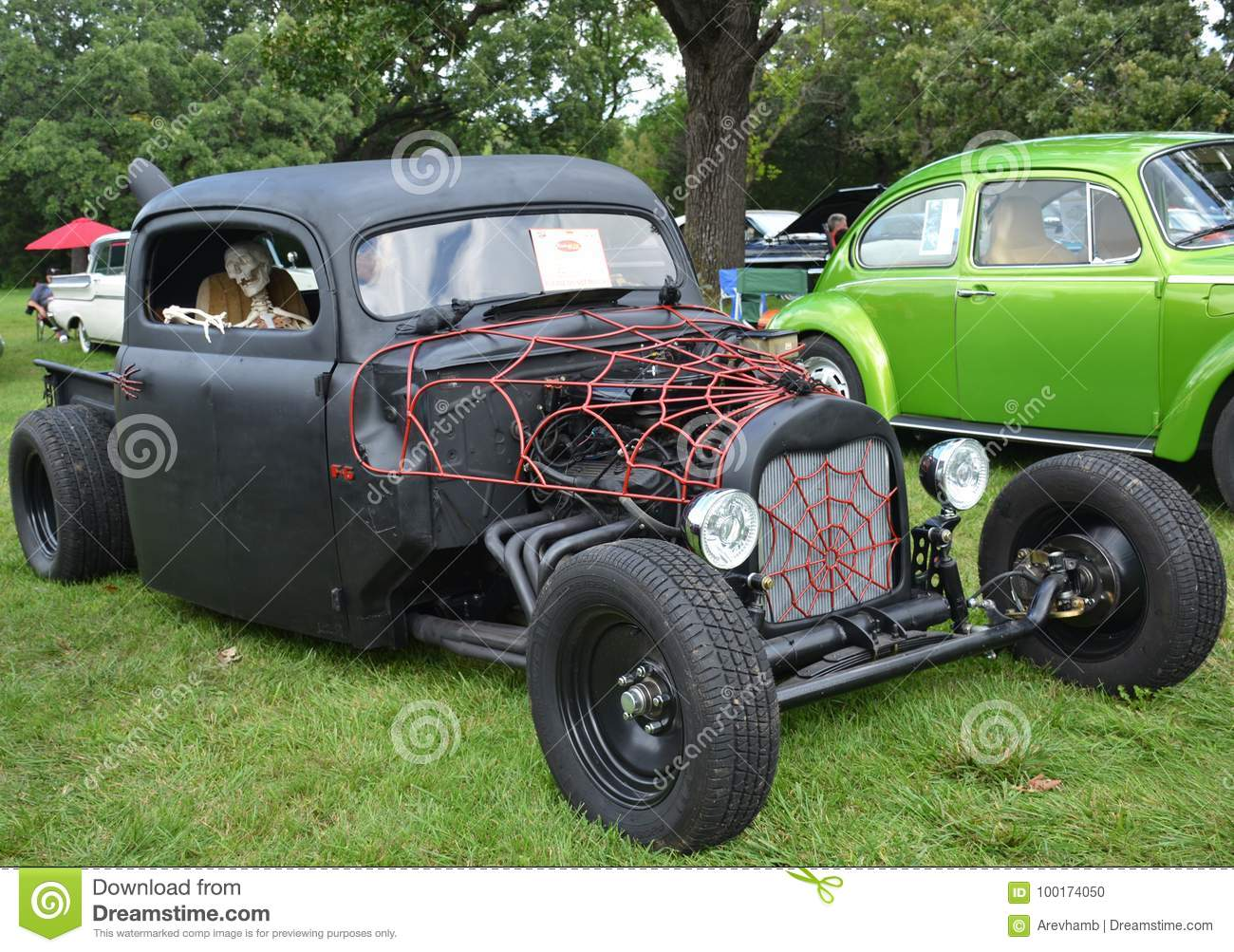 Open-air Exhibition Of Vintage Cars Editorial Image - Image of ...