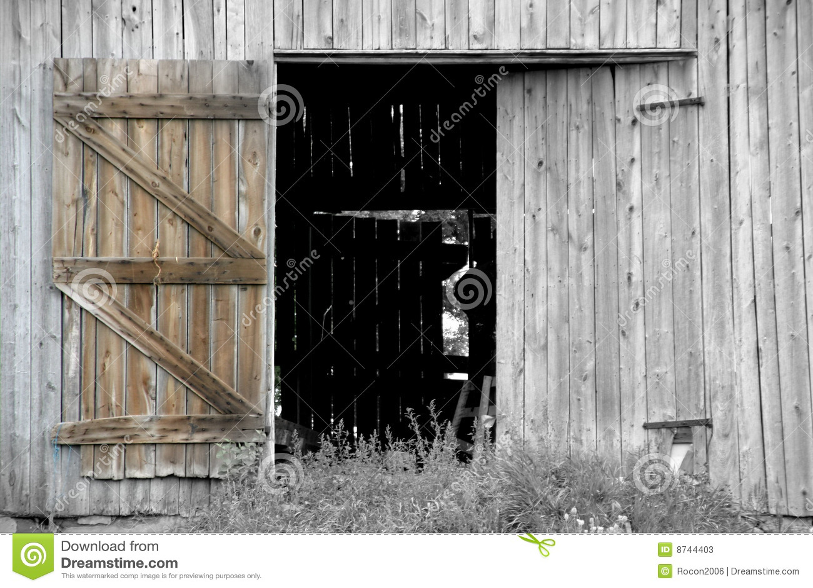 Open Barn Door Stock Image Image Of Barns Farm Barn 8744403