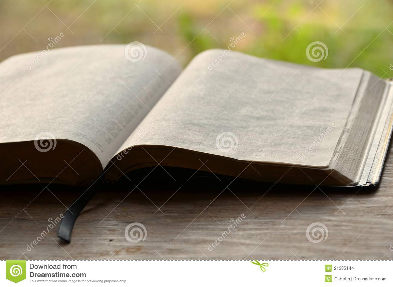 open bible stock images image 21285144