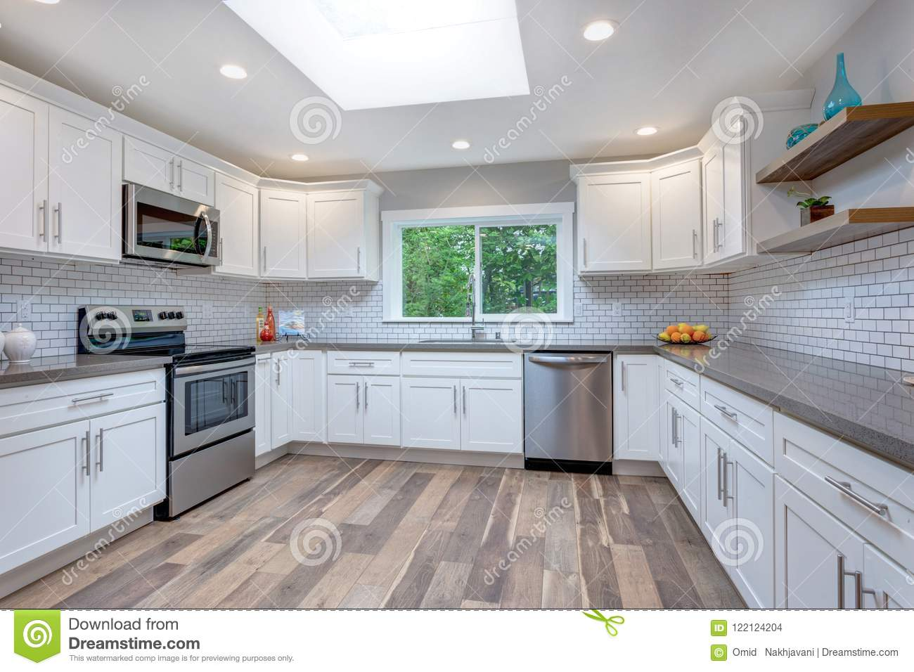 Phenomenal Open Concept Kitchen Equipped With Stainless Steel Interior Design Ideas Inesswwsoteloinfo