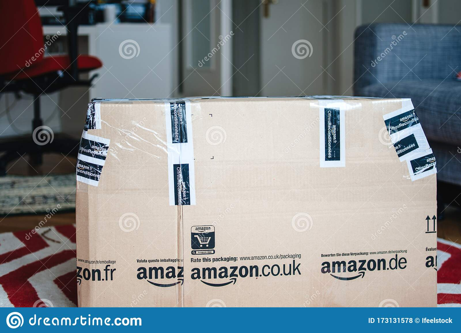 Warehouse Deals Photos Free Royalty Free Stock Photos From Dreamstime