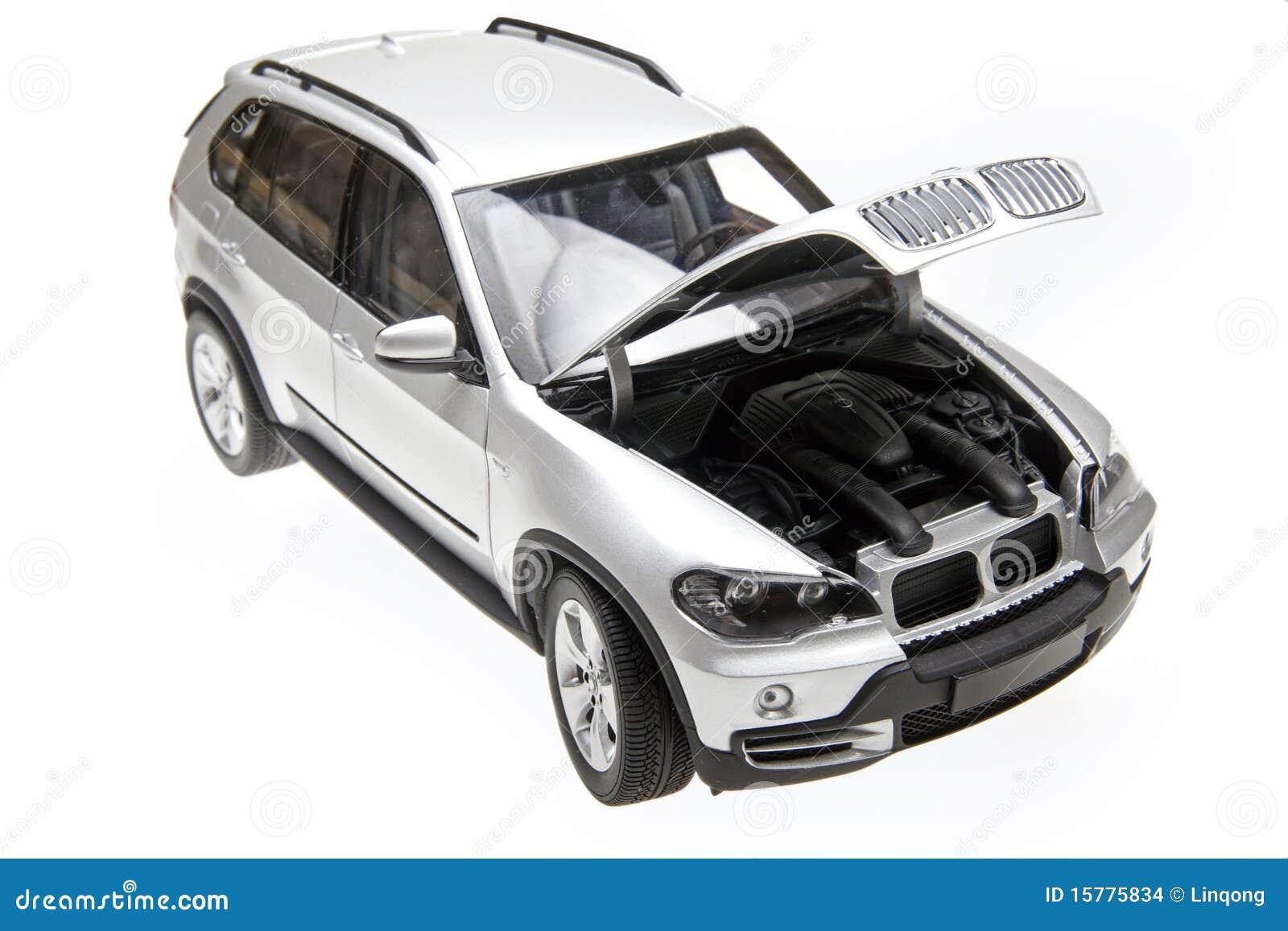 Open de bonnet van BMW X5