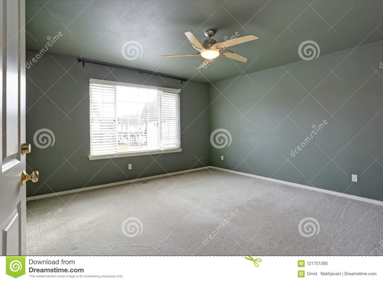 Empty Room With Grey Ceiling And Grey Walls Paint Color ...