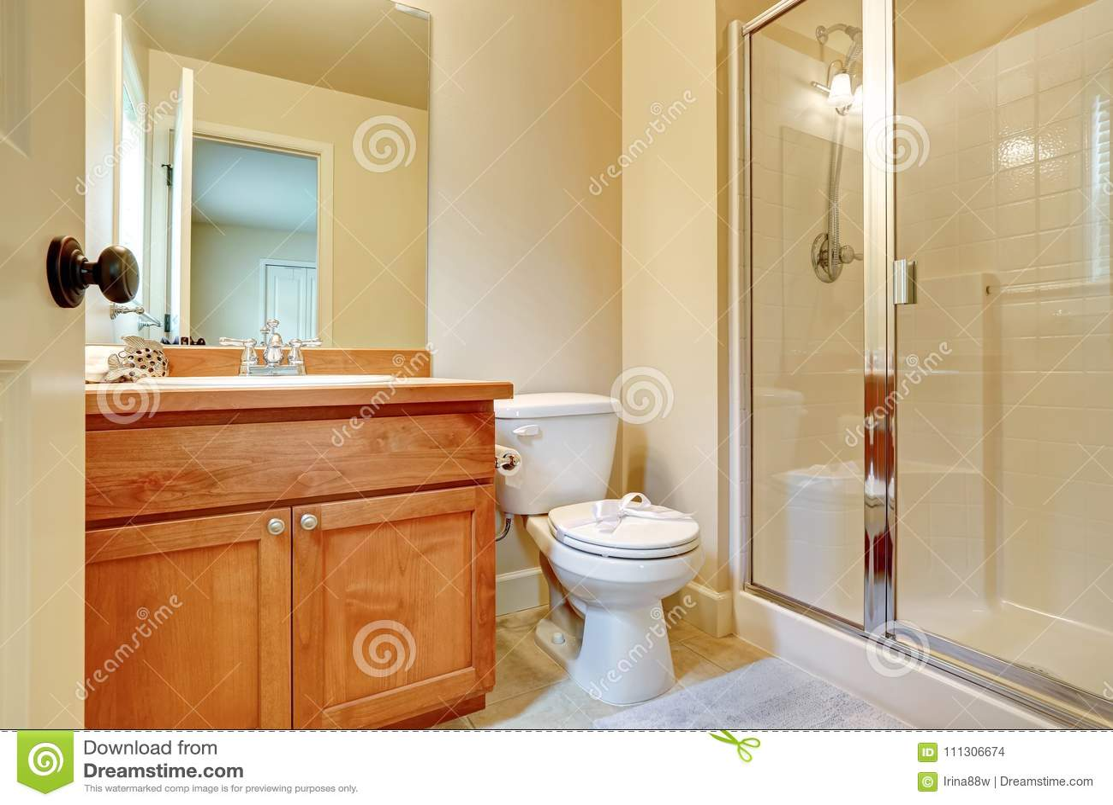 Open Door To An En Suite Bathroom Stock Photo - Image of beautiful Bathroom Designs Open Door on house door open, that door is open, foyer door open, bedroom door open, lobby door open, bathroom no doors tricks, closet door open, attic door open, bathroom privacy doors, office door open, shower door open, trap door open, safe door open, bathroom doors for small spaces, fix door that swings open, please leave door open, bus door open, pantry door open, bathroom light, library door open,
