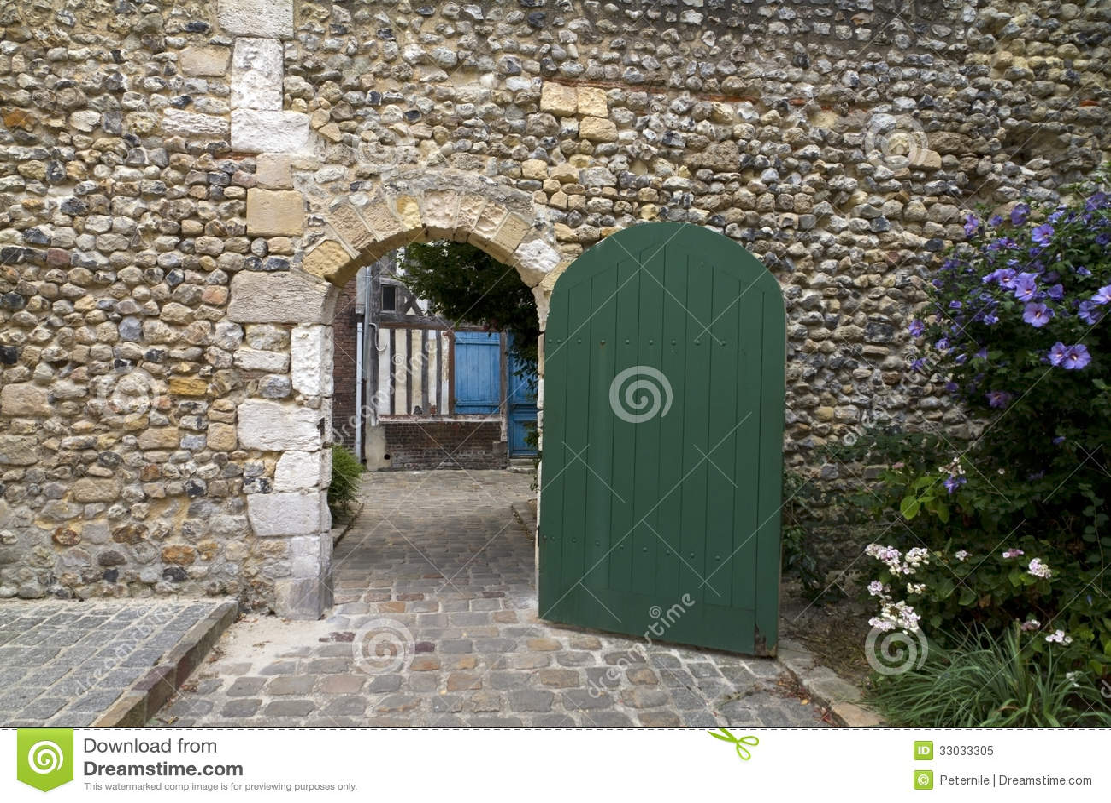 Open Gates Clipart