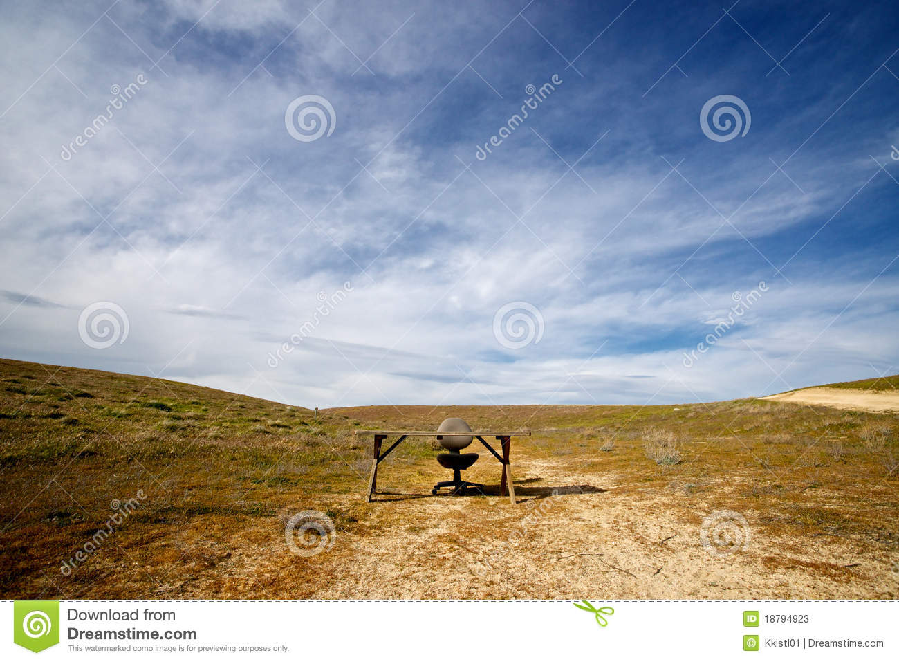 An Open Office In The Middle Of Nowhere Stock Photos