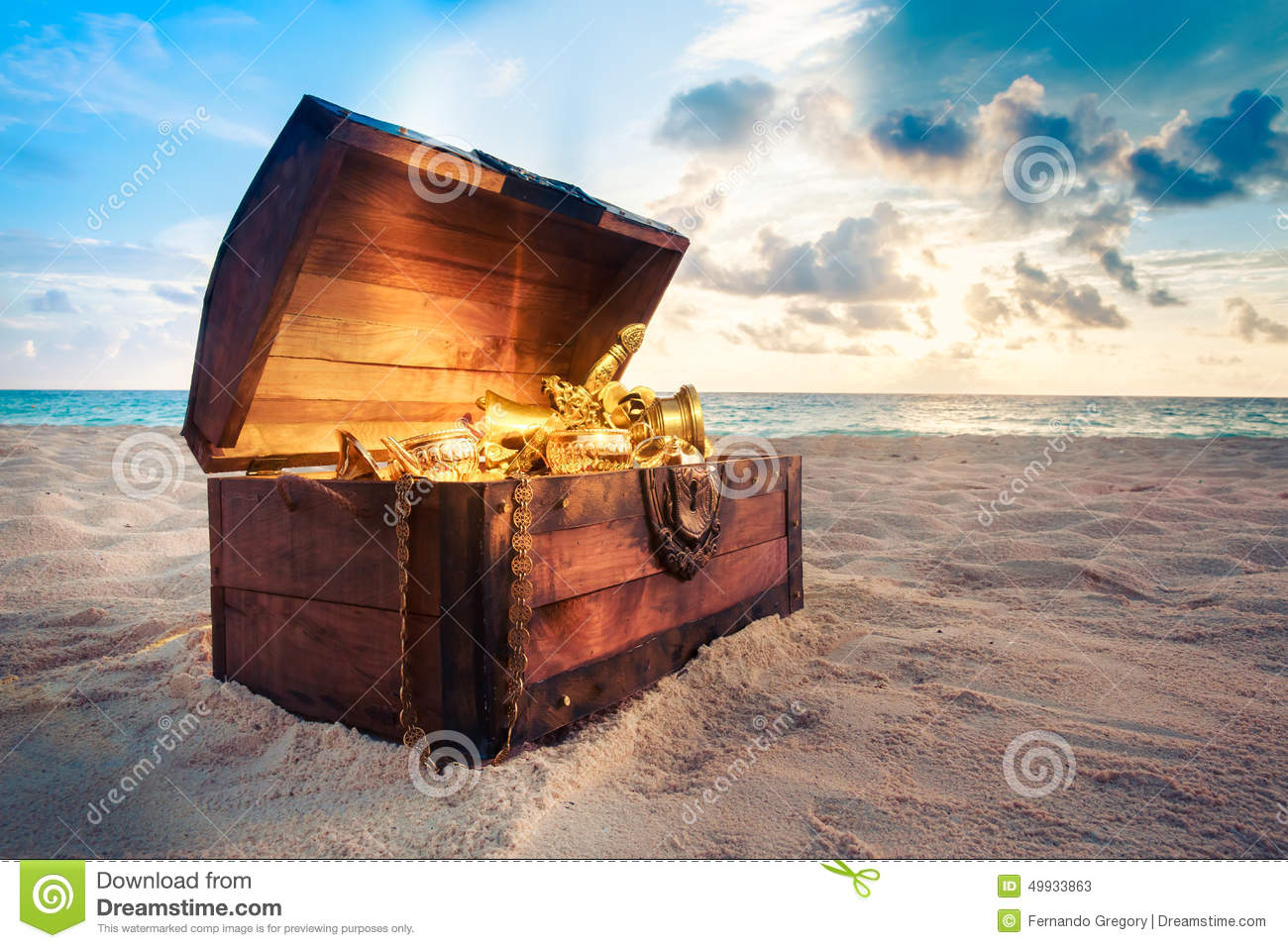 Toy Treasure Chest Beach : Open treasure chest on the beach stock image of