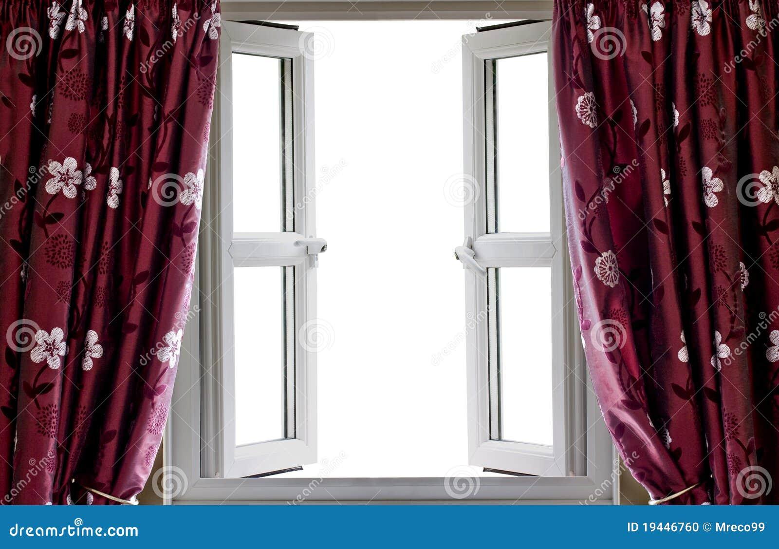 open venster en gordijnen met een lege mening