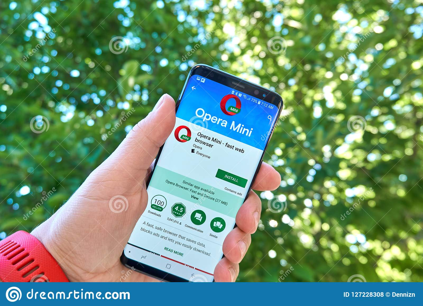 download opera mini 2018 android