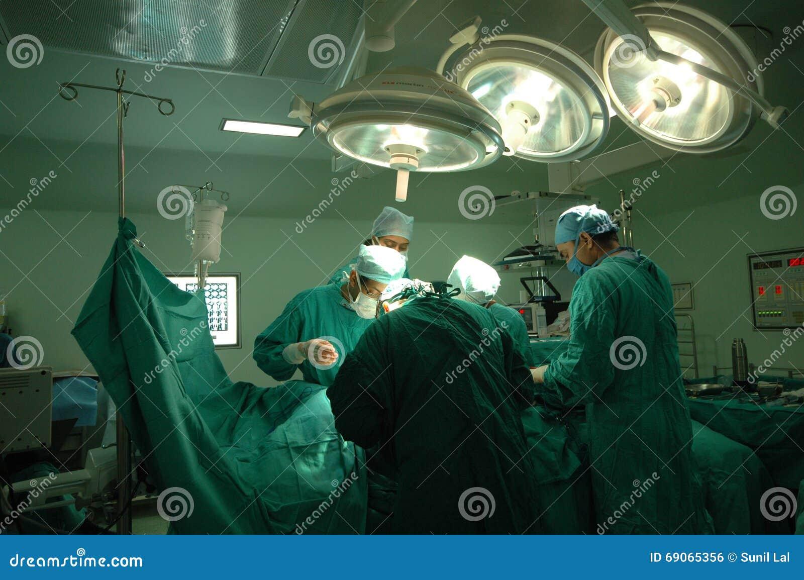 Operacja teatr