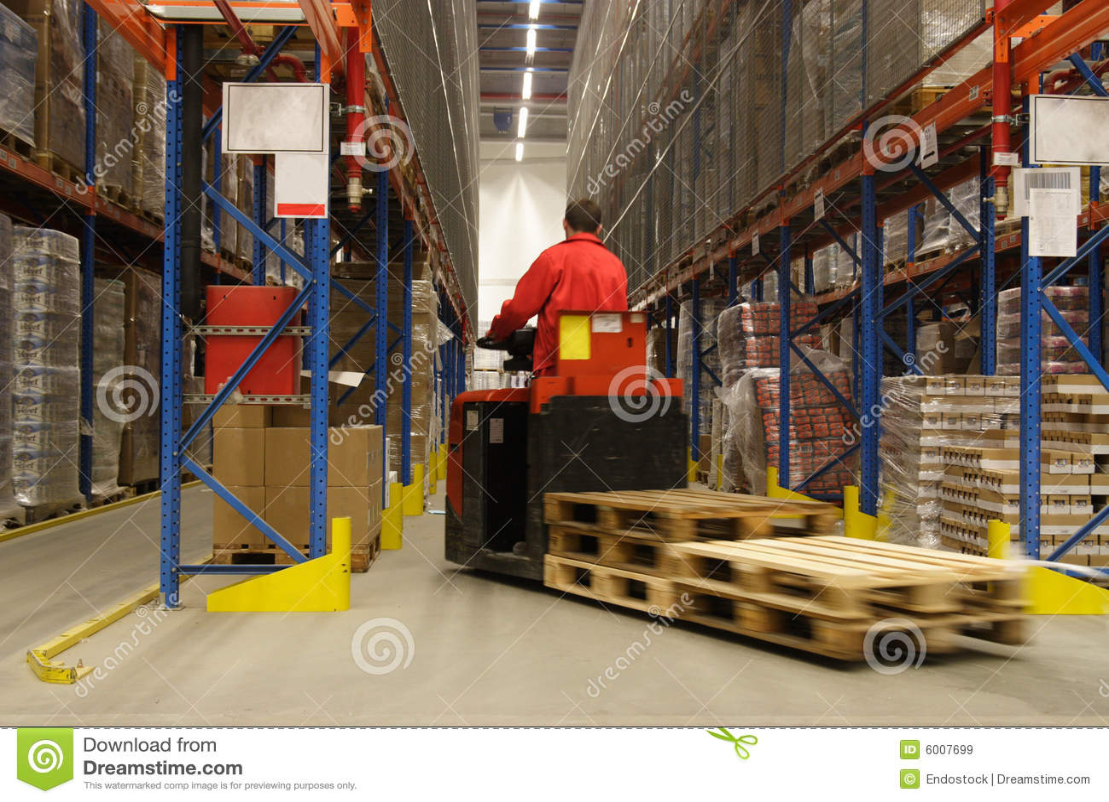 Operador de Forkift en almacén