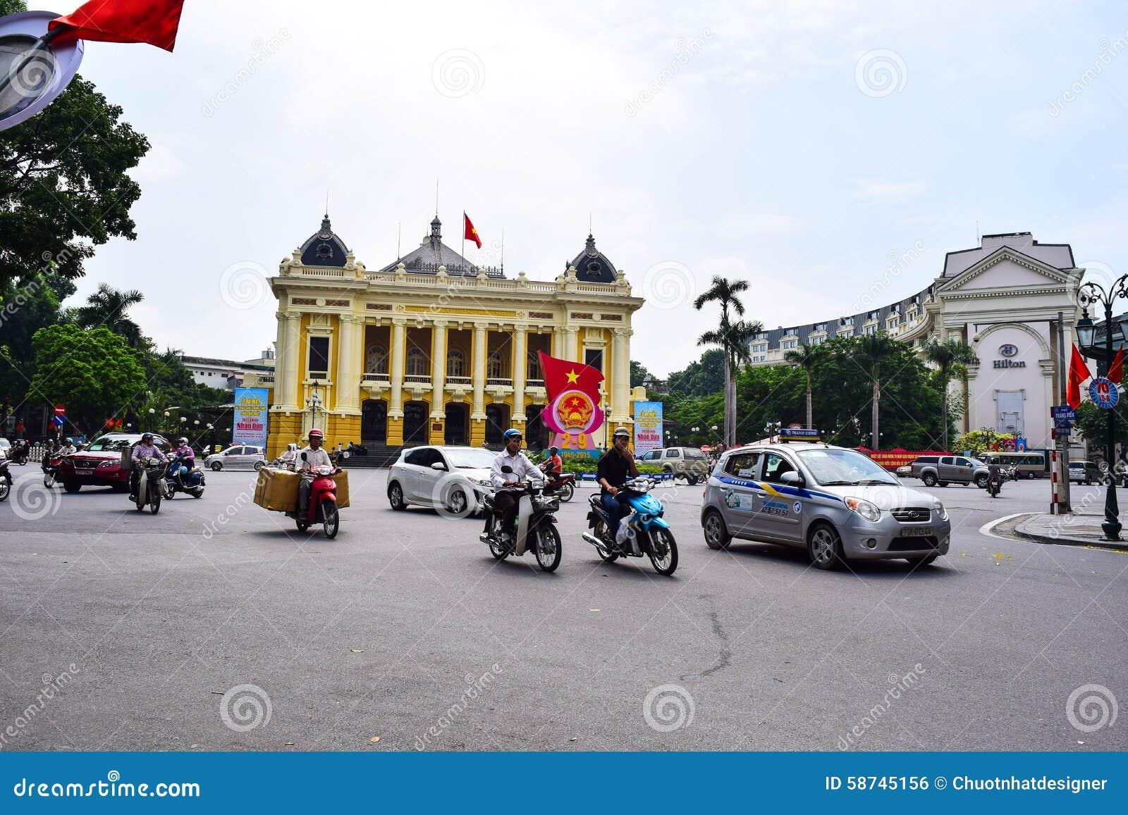 Operahuis van Hanoi Ha Noi is het kapitaal en de tweede - grootste stad in Vietnam