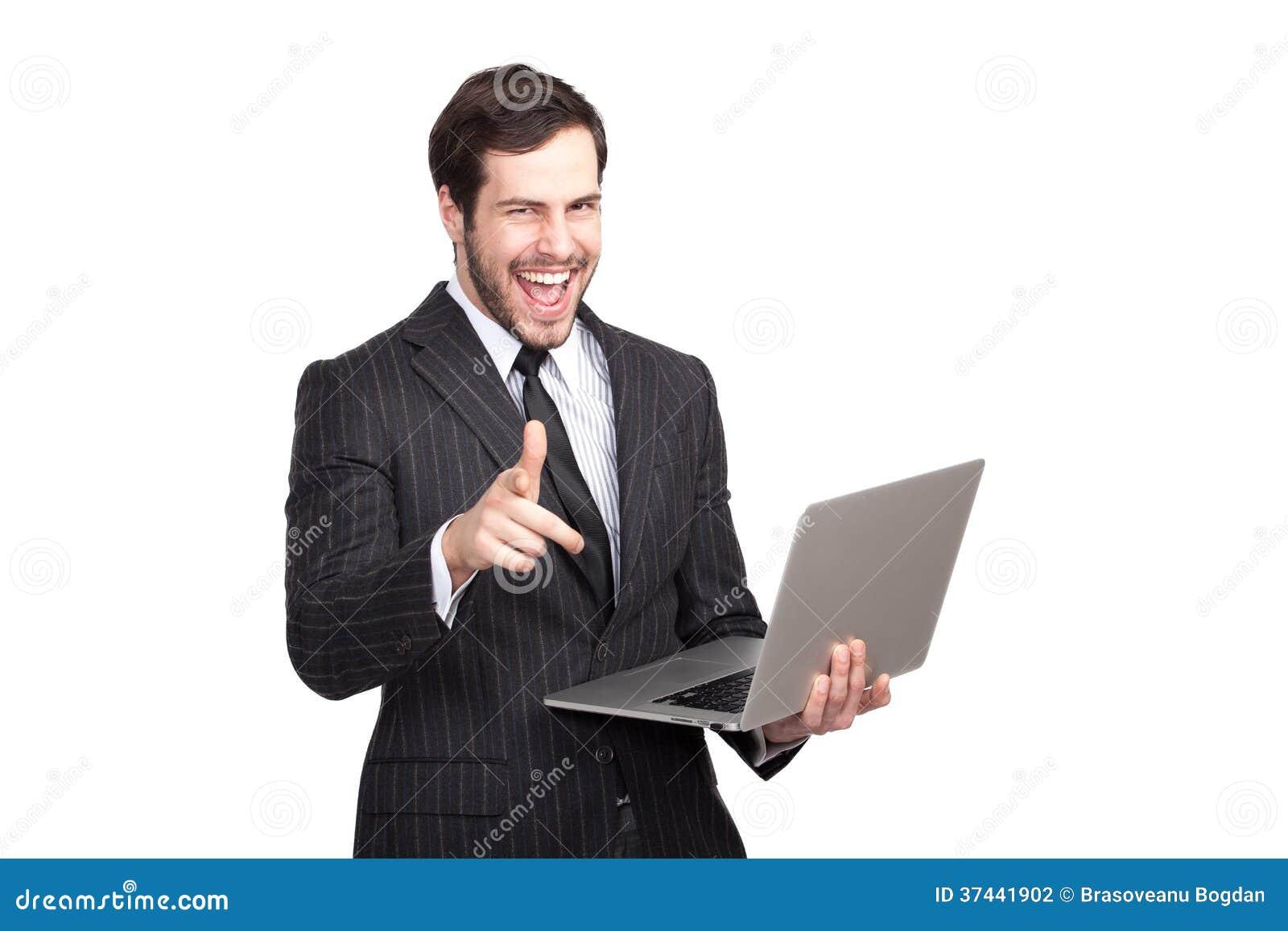 Opgewekte zakenman met laptop