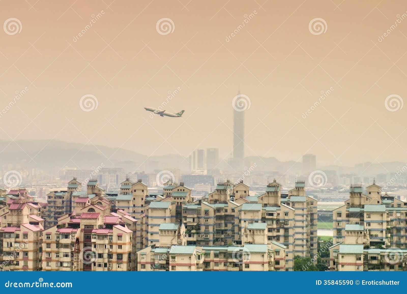 Opinião da cidade de Taipei da área de Surburban