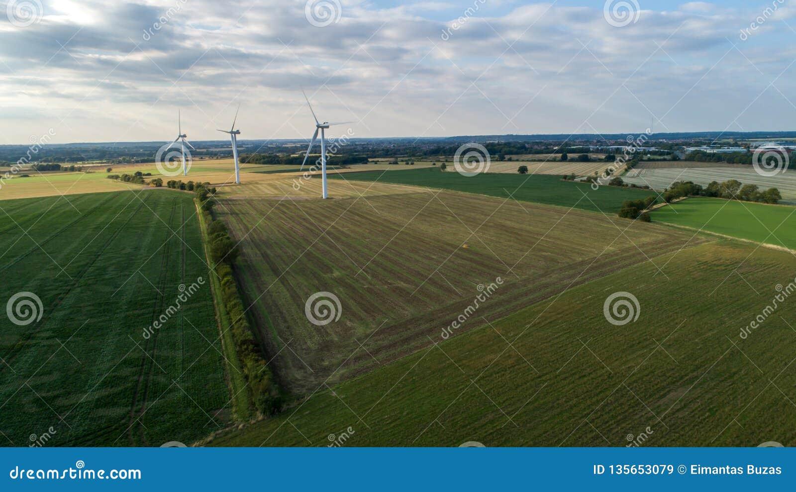 Opinião de olho de pássaros - local da energia renovável