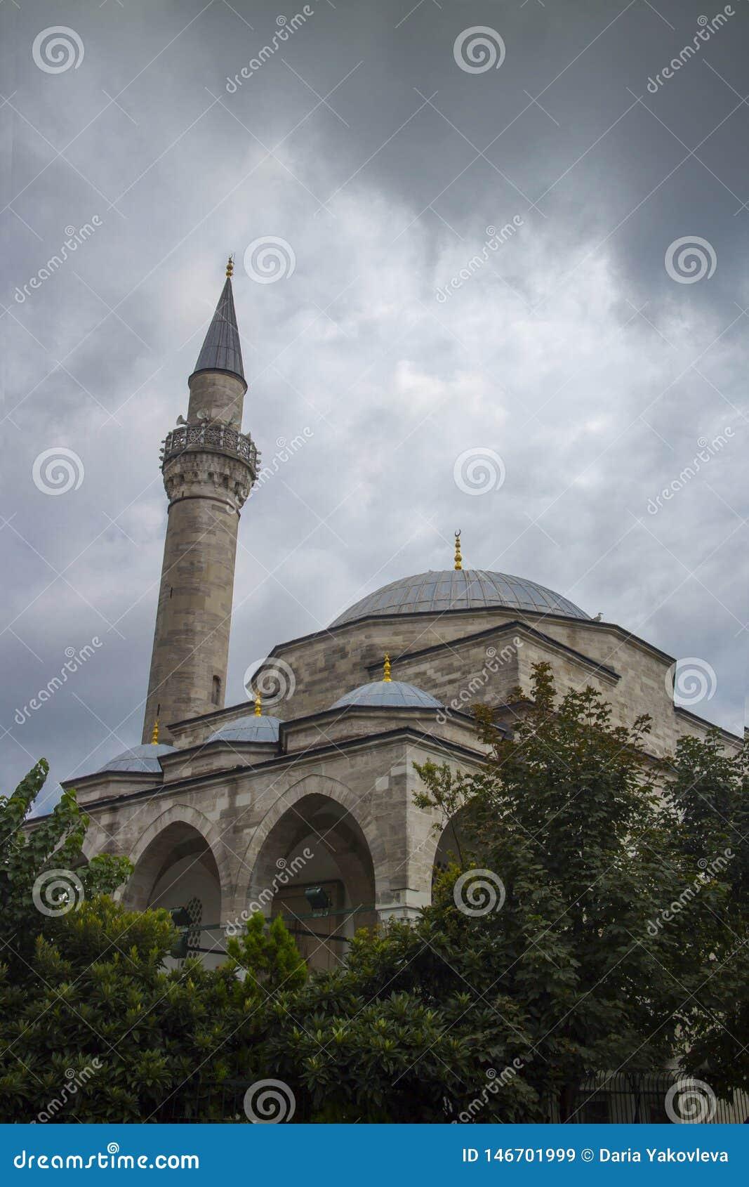Opinião Firuz Agha Mosque