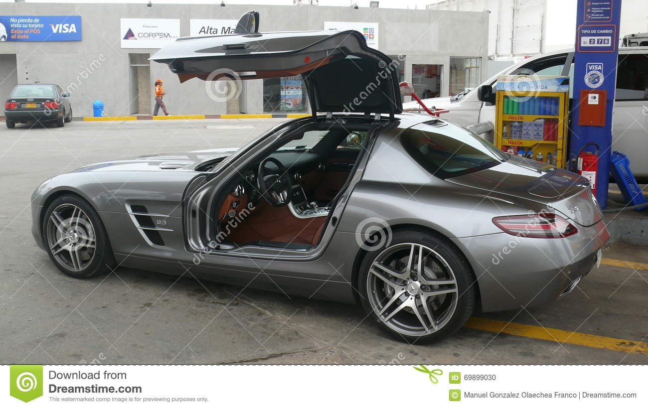 Opinião lateral Mercedes Benz SLS AMG 6 3