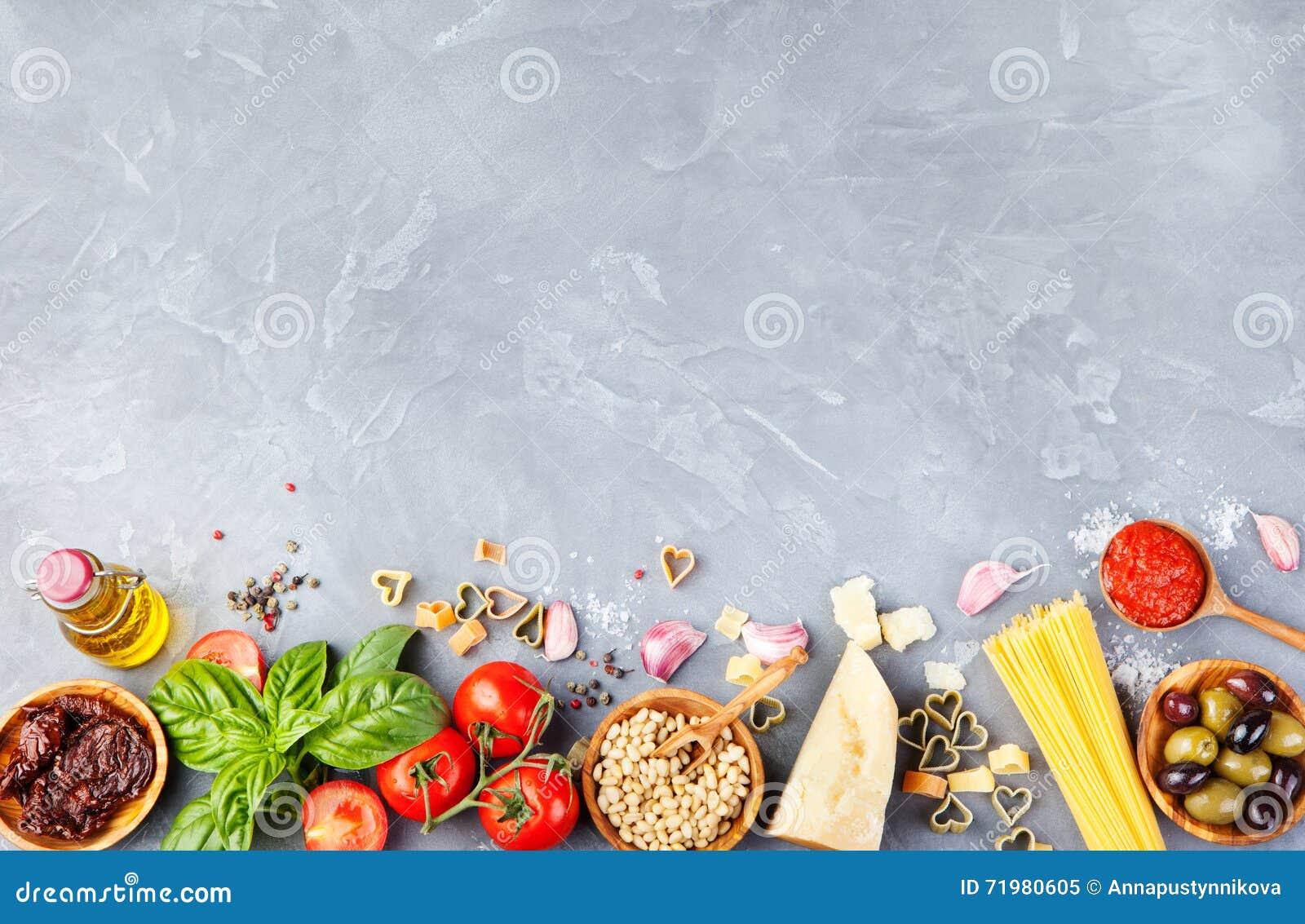 Opinião superior do espaço italiano da cópia do fundo do alimento