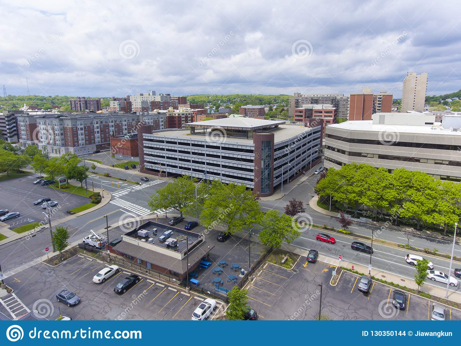 Opinión aérea de la ciudad de Malden, Massachusetts, los E.E.U.U.