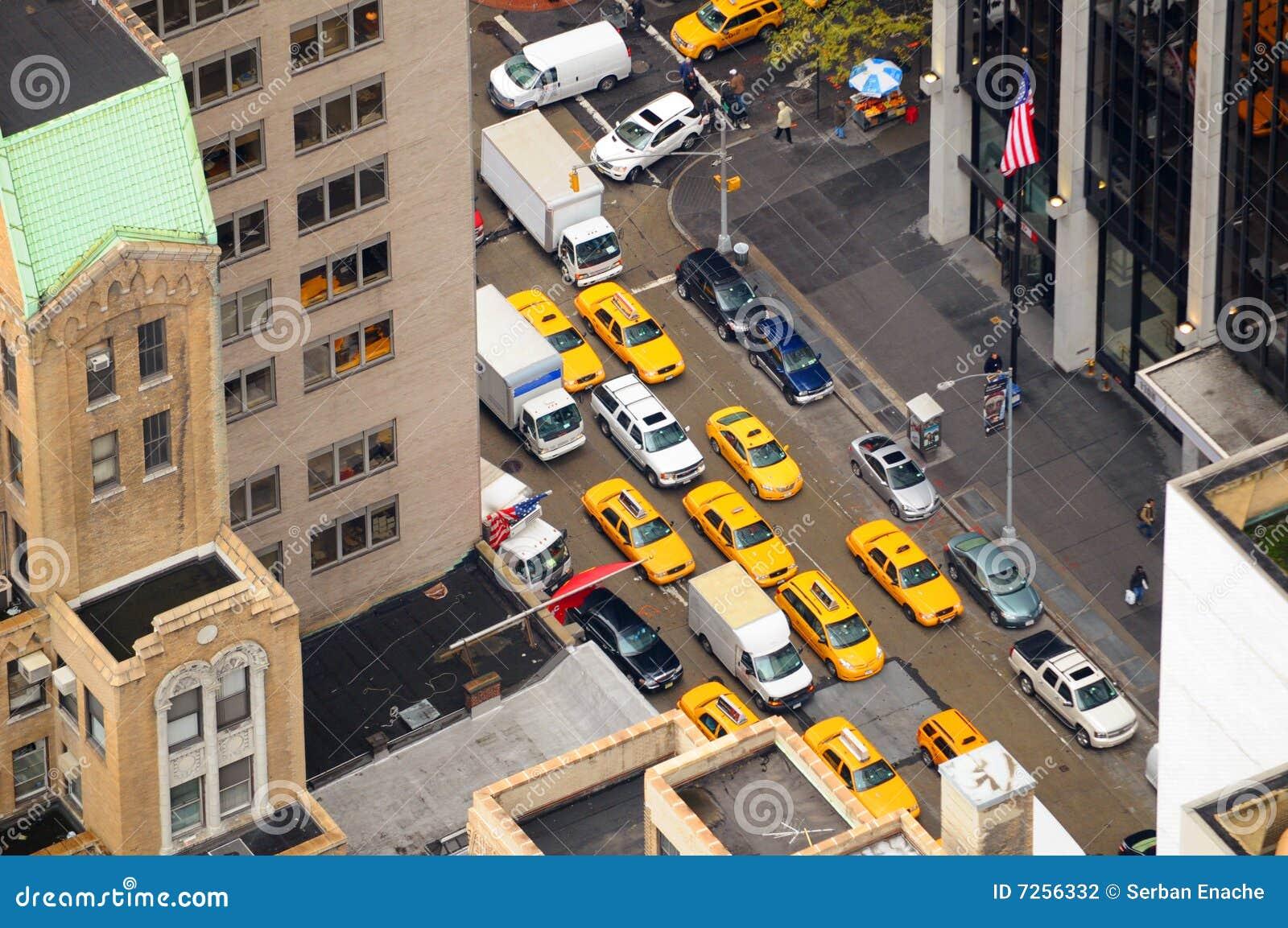 Opinión aérea de las casillas de taxi de Nueva York
