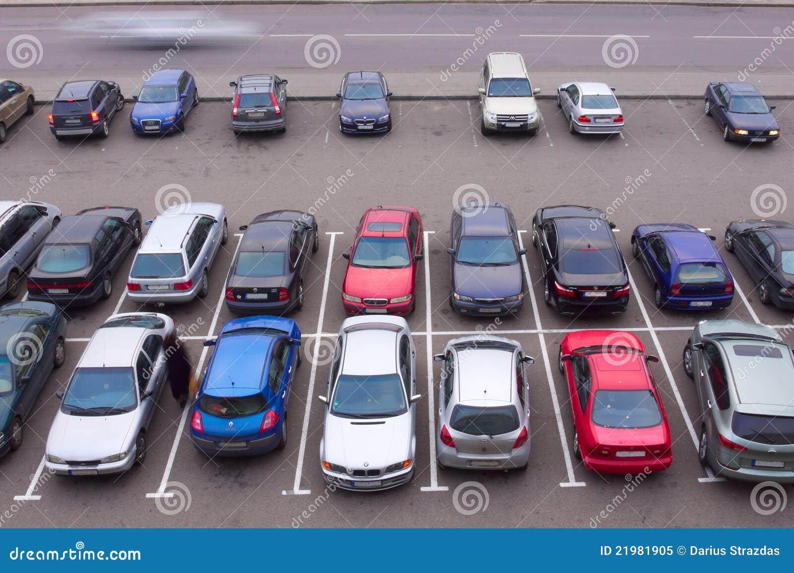 Opinión de aparcamiento del coche de arriba