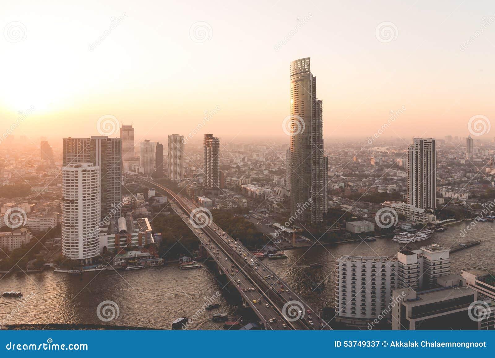 Opinión de la ciudad de Bangkok desde arriba, Tailandia