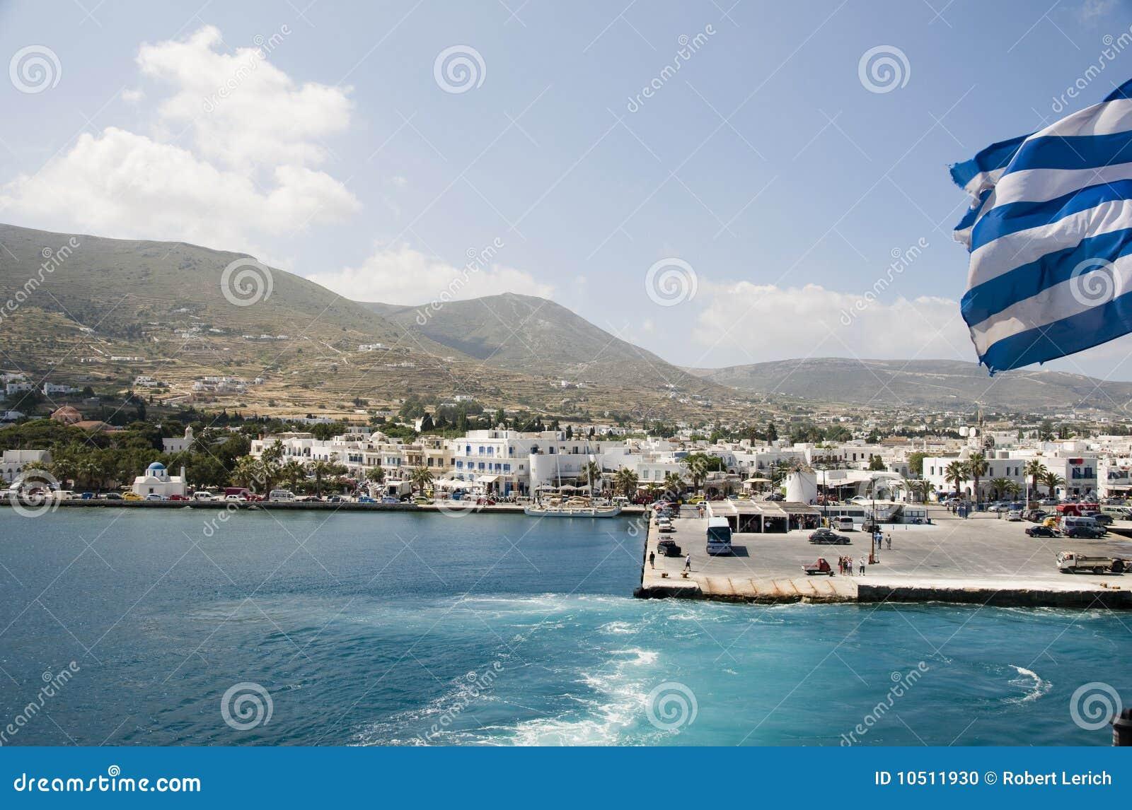 Opinión de la isla del acceso de las islas del Griego de los paros del parikia