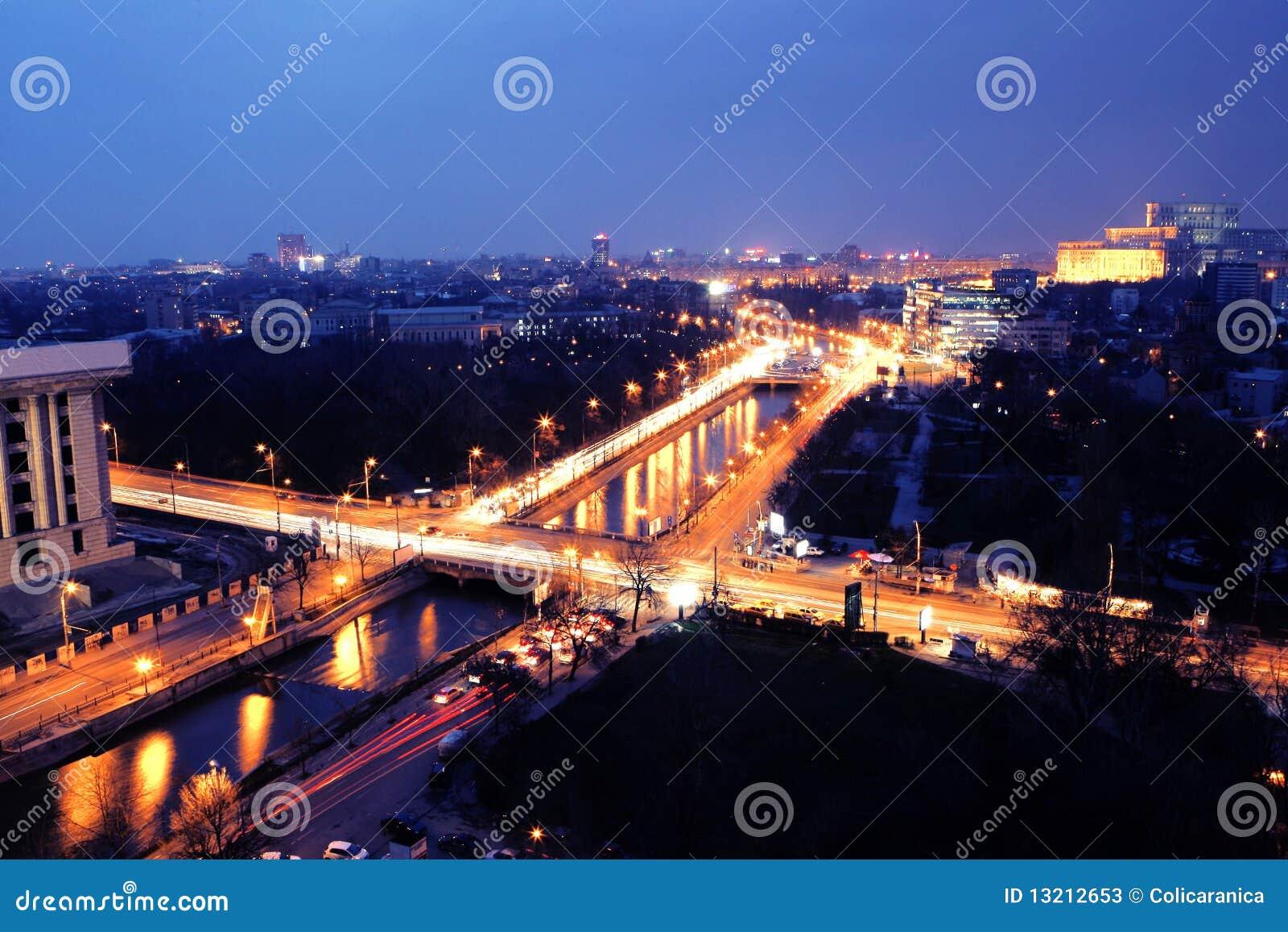Opinión de la noche de Bucarest