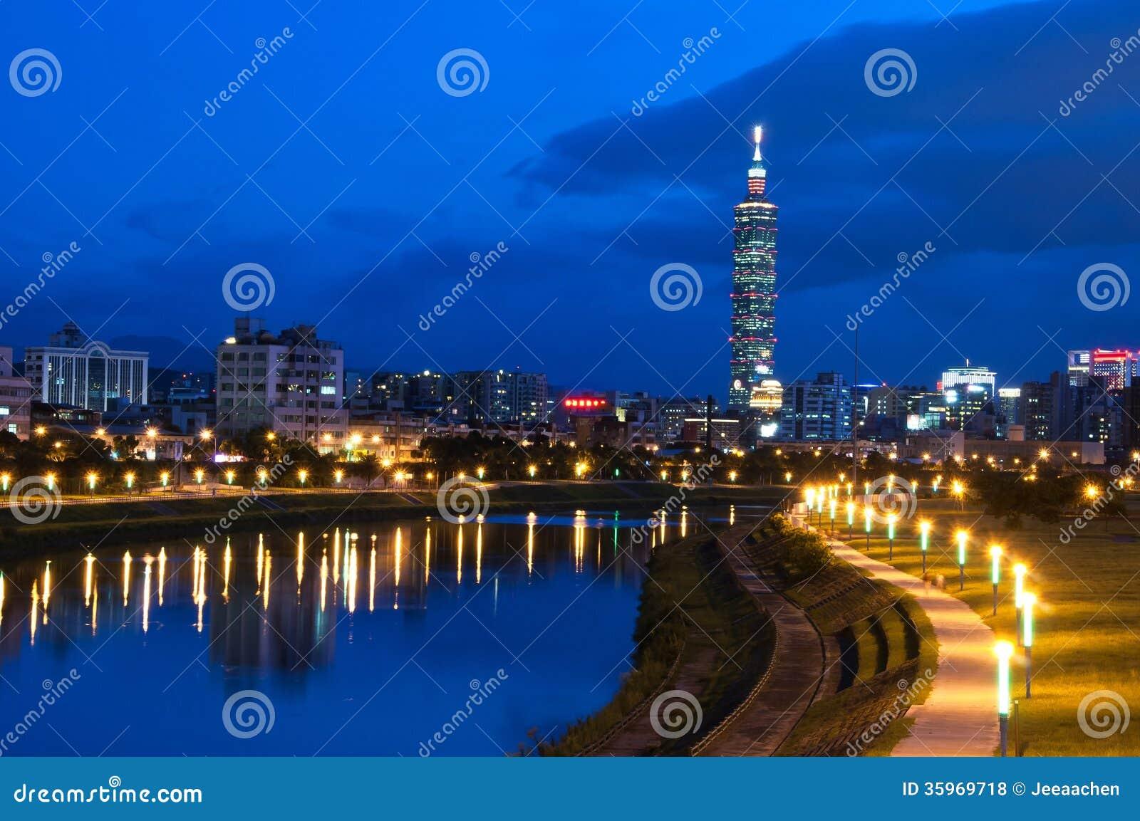 Opinión de la noche de la ciudad de Taipei