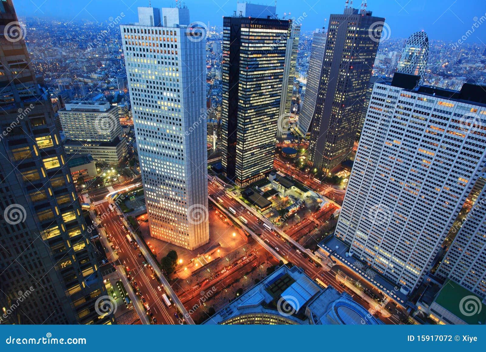 Antena de la noche de la ciudad de Tokio, Japón