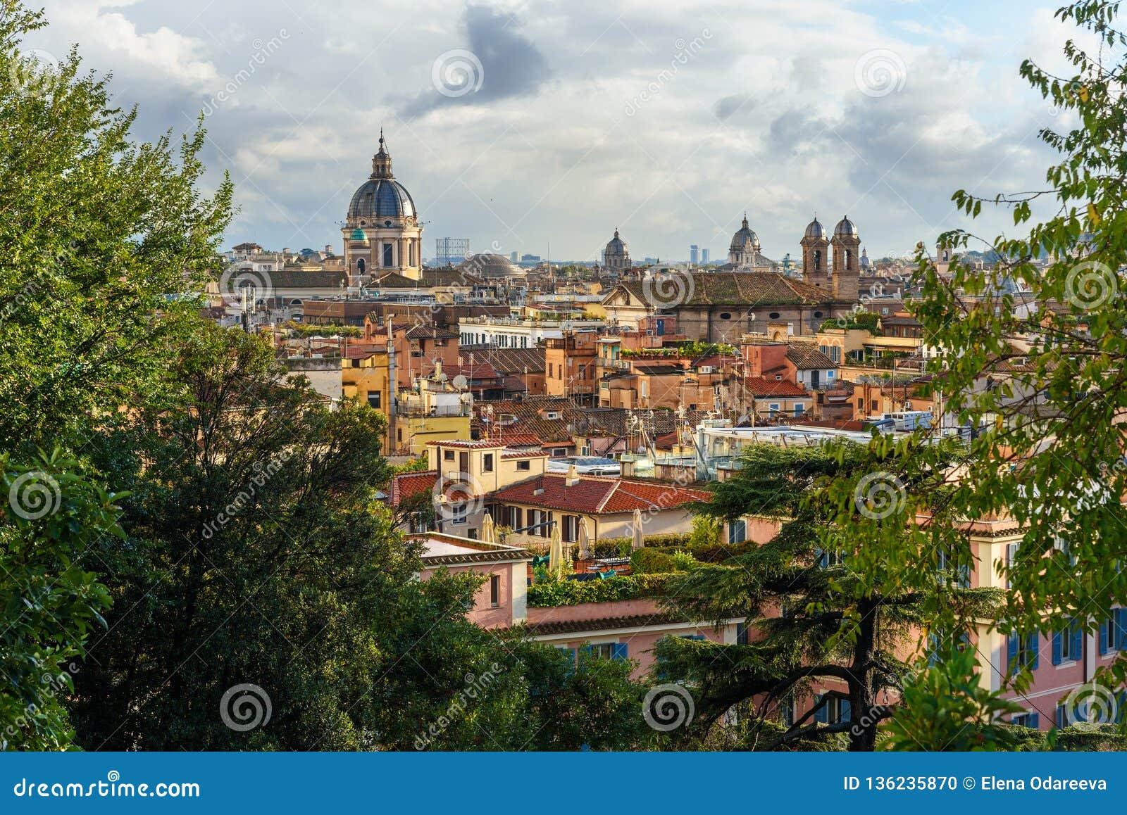 Opinión Sobre Roma De Terrazza Viale Del Belvedere Italia