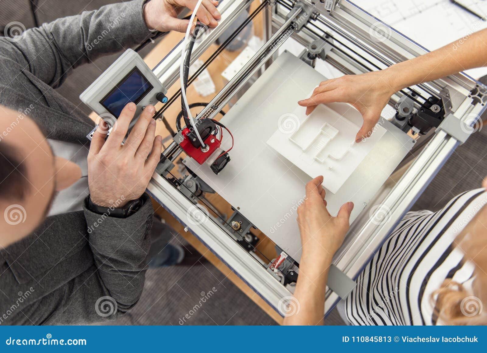 Opinión Superior Los Ingenieros Que Reanudan El Proceso De La ...