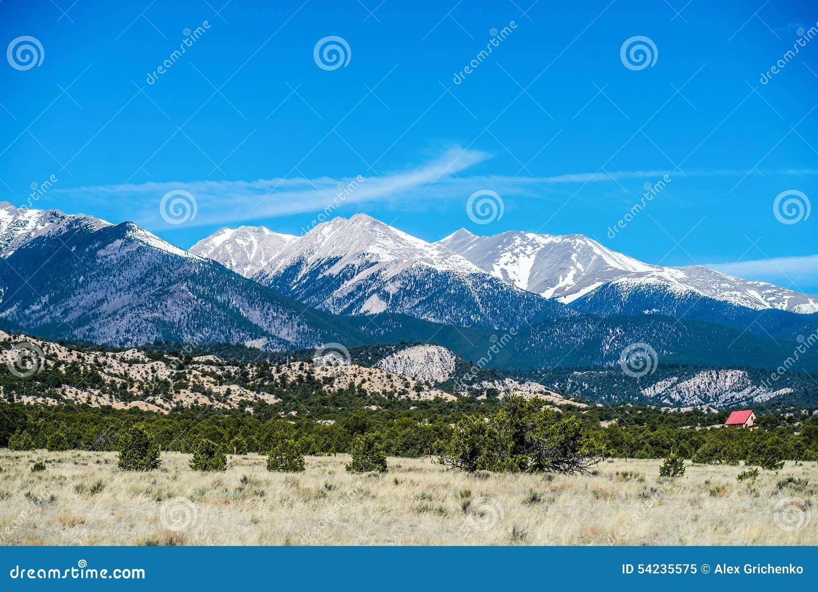 Opiniões da vista das montanhas rochosas de Colorado