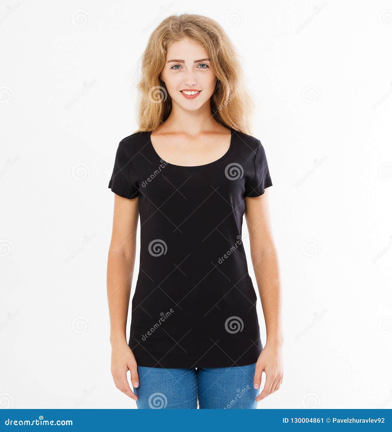 Opiniões traseiras a mulher da moça na camisa à moda preta de t no fundo branco Zombaria acima para o projeto Copie o espaço mold