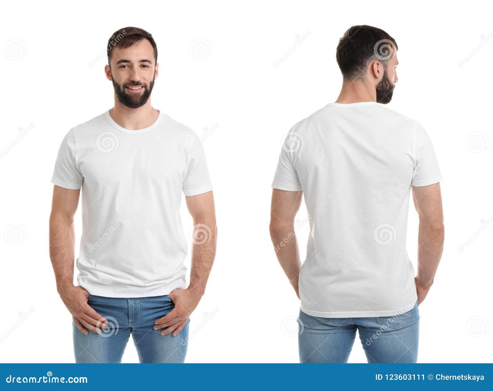 Opiniones delanteras y traseras el hombre joven en camiseta en blanco