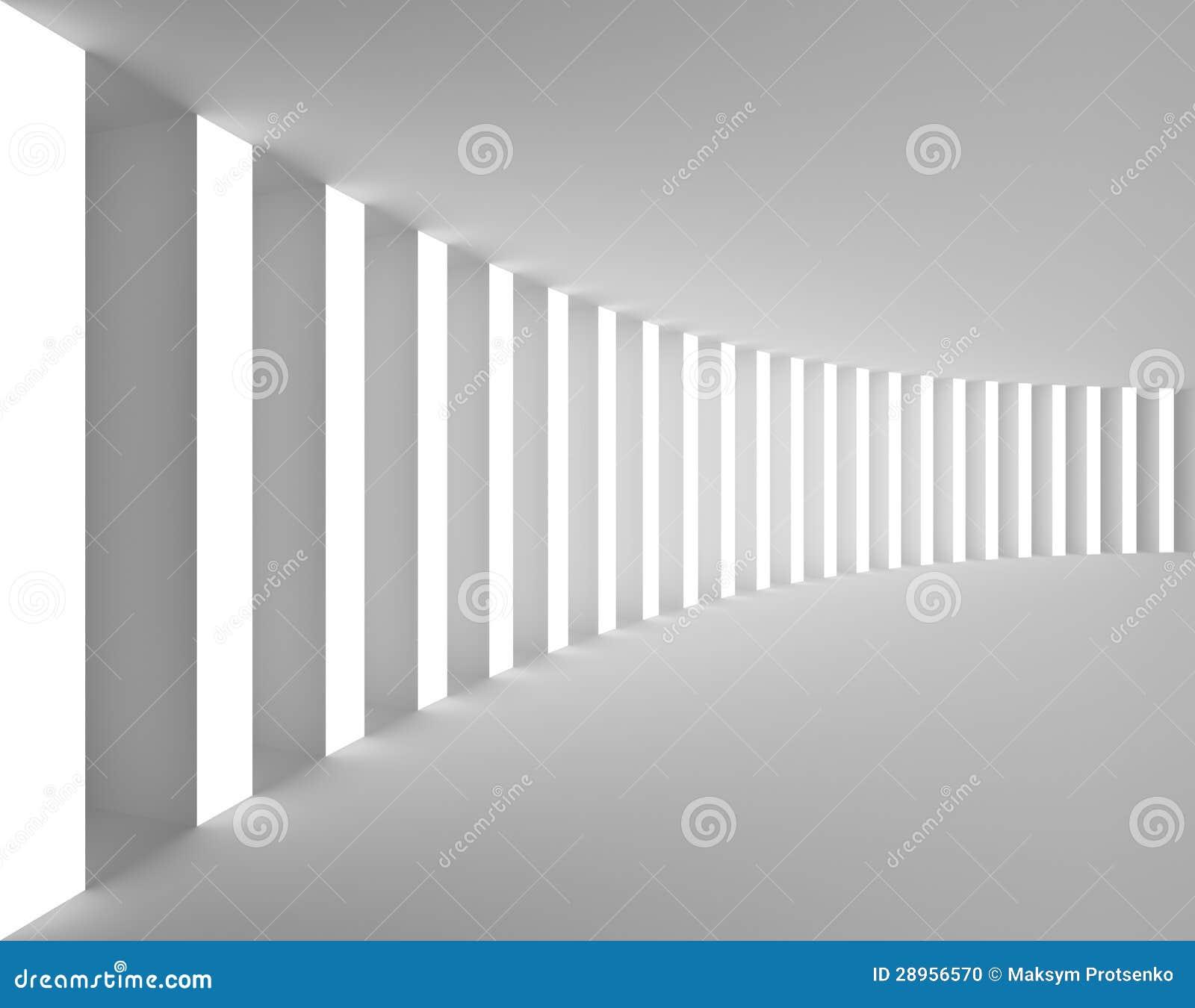 Opróżnia Białego wnętrze z Dużym światłem i kolumnami