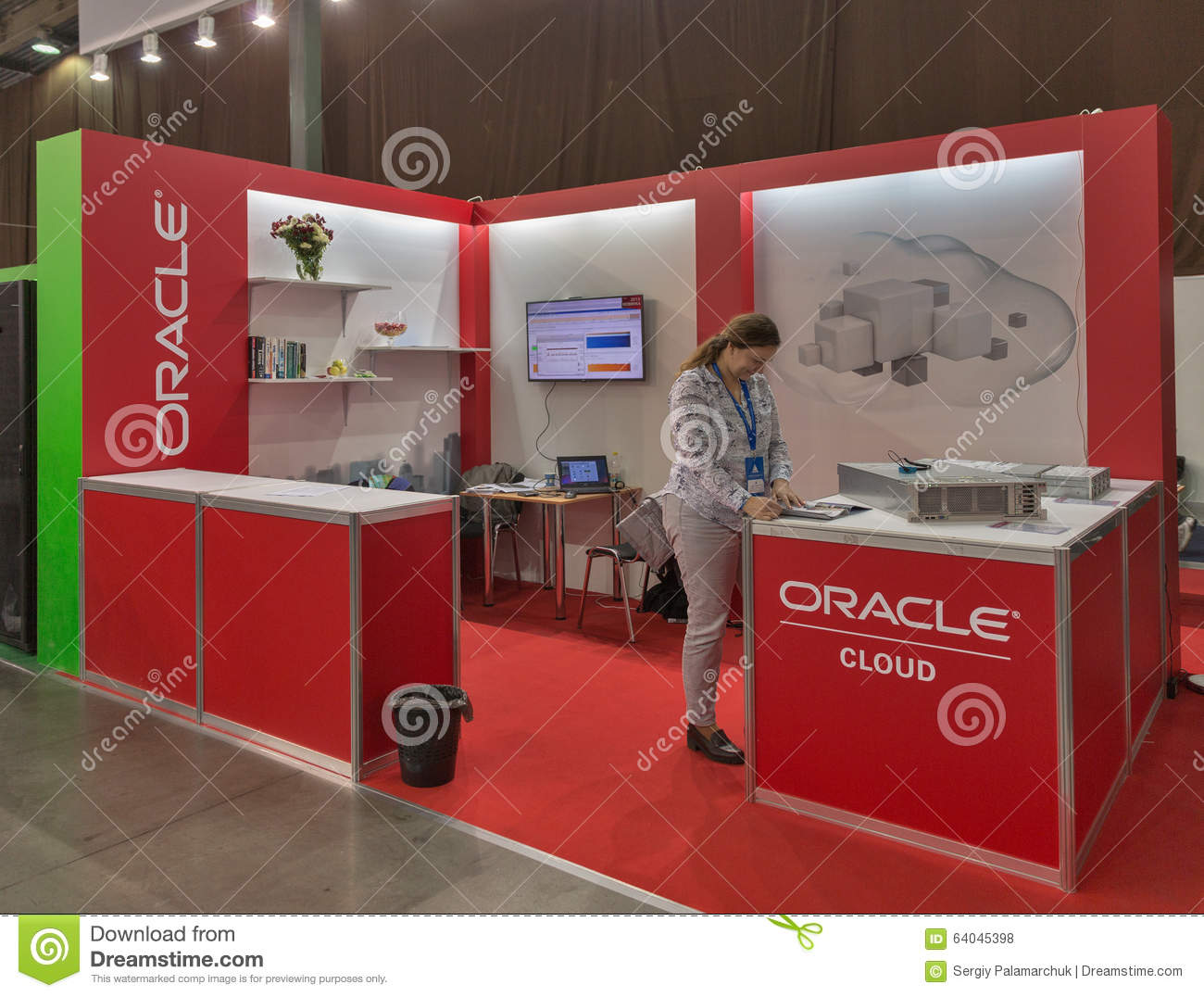 Oracle company booth at cee 2015 the largest electronics for Largest craft shows in the us