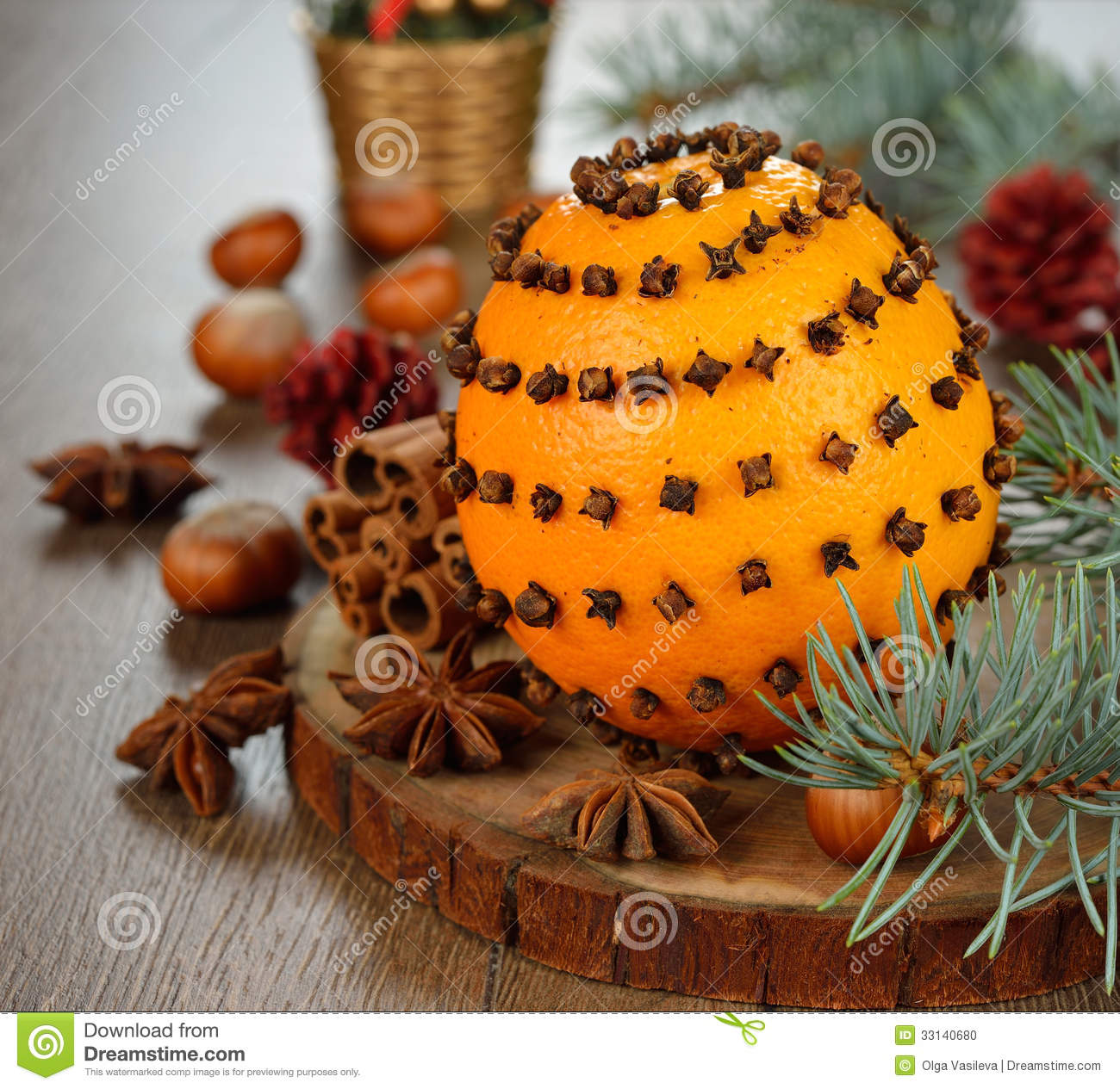 Orange decorated with cloves stock photo image 33140680 for Baking oranges for christmas decoration