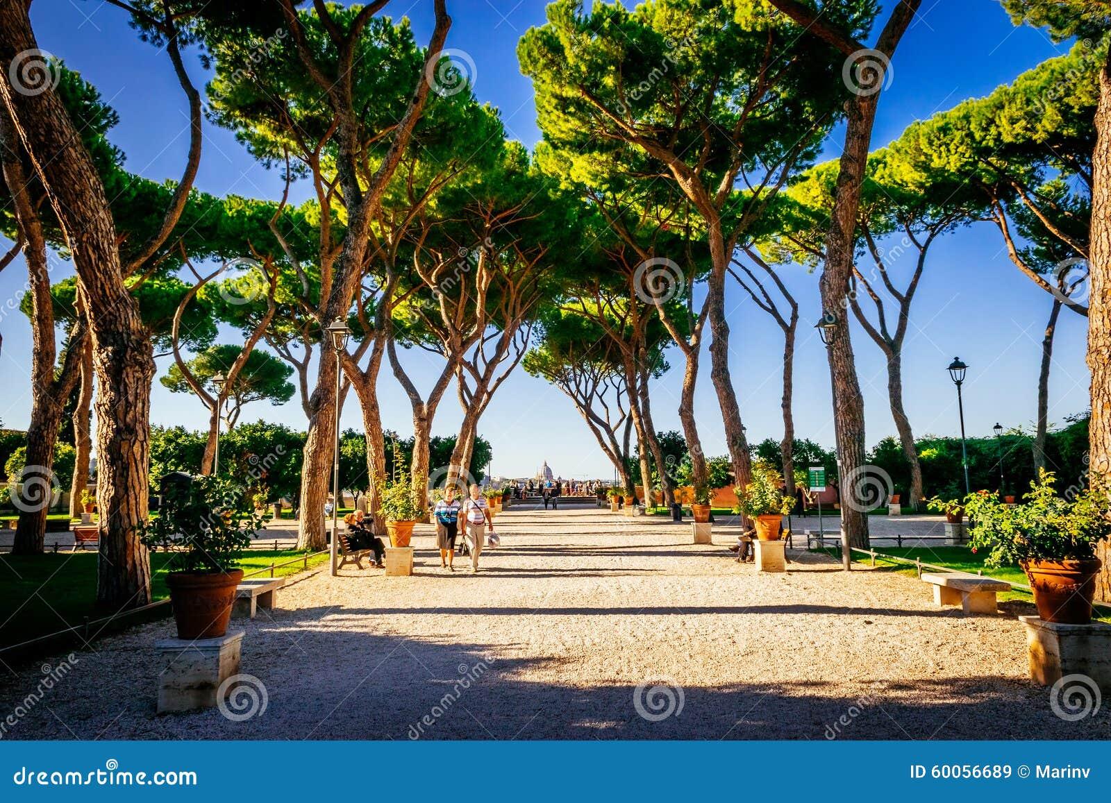 Orange garden giardino degli aranci in rome italy editorial stock image image of holiday - Giardino degli aranci frattamaggiore ...