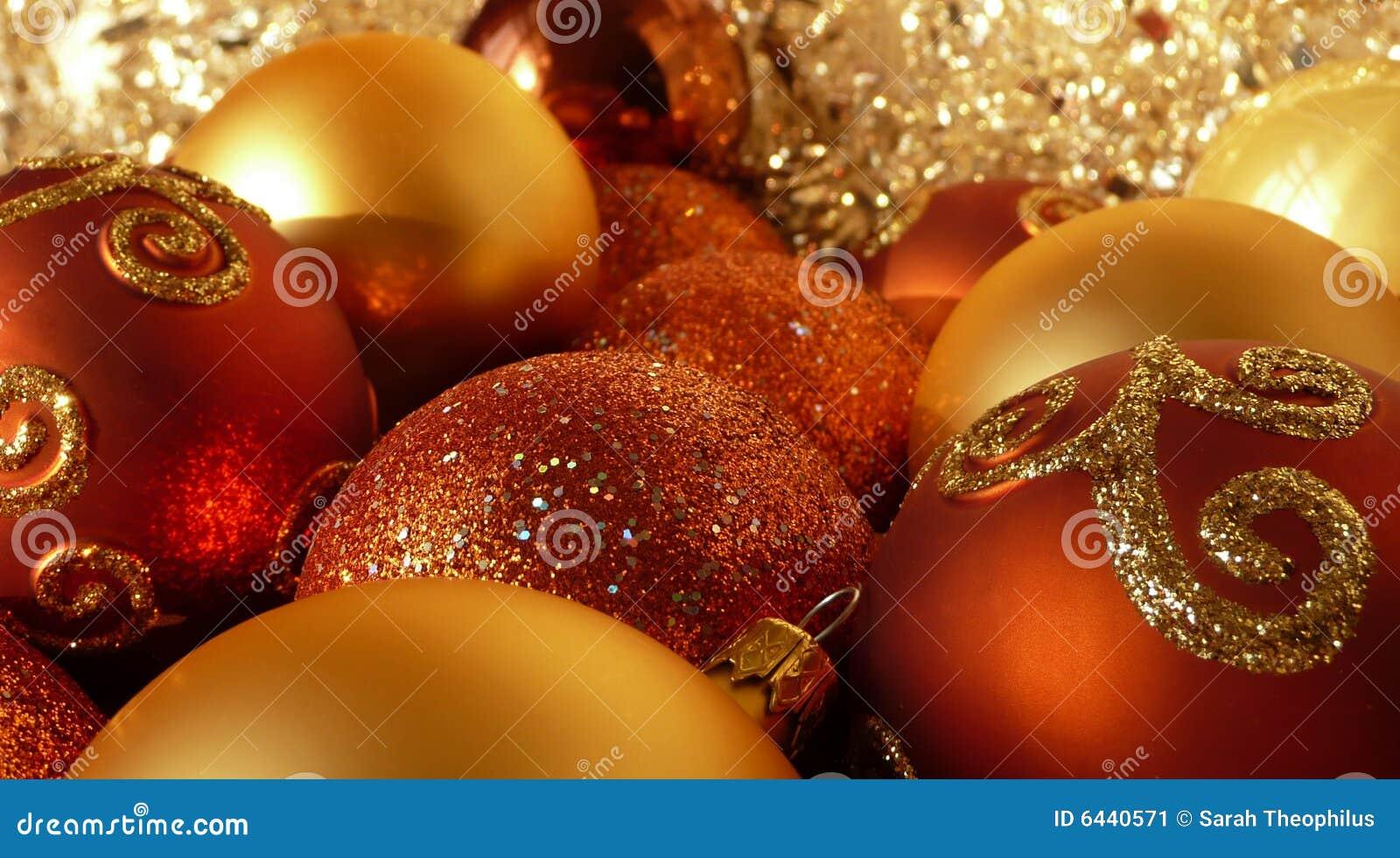 Orange red för bolljulguld