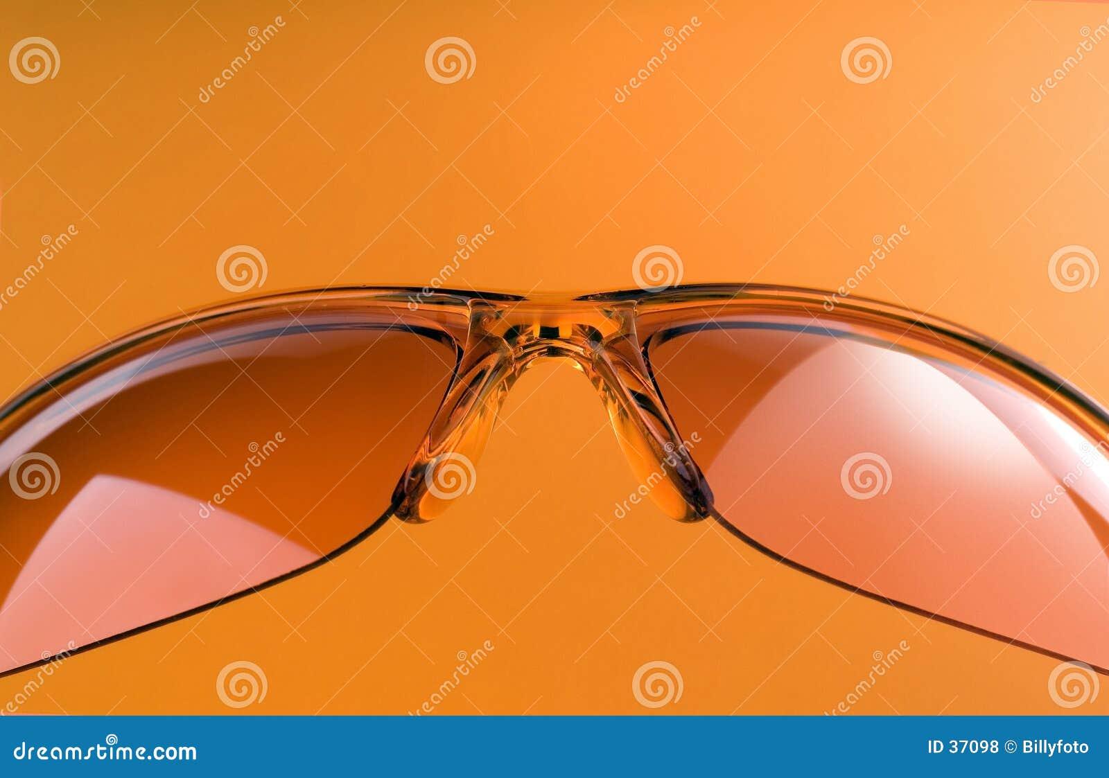 Orange solglasögon