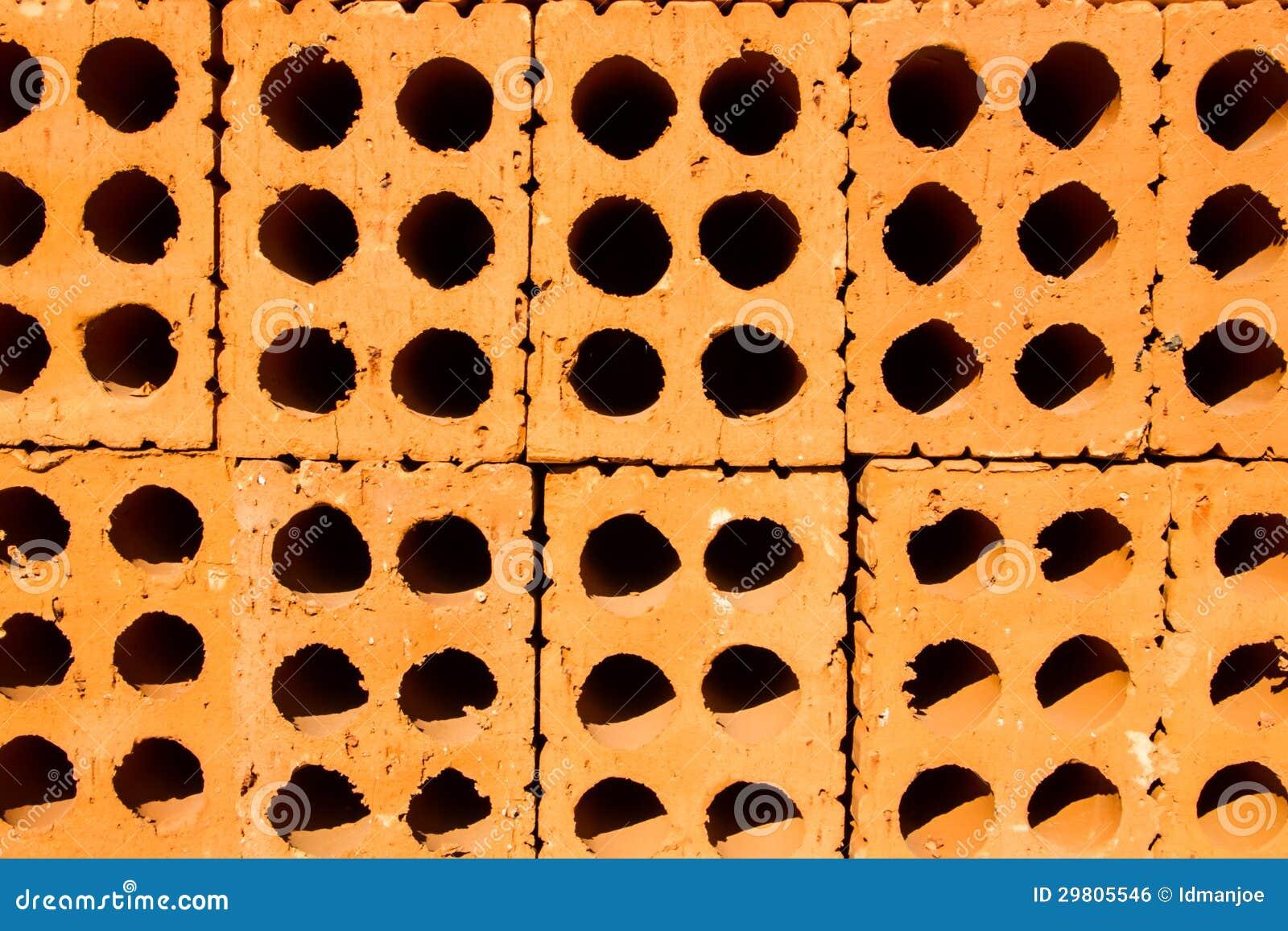 ziegelstein mit loch lizenzfreies stockbild bild 29805546. Black Bedroom Furniture Sets. Home Design Ideas