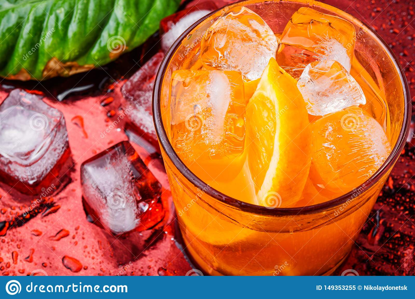 Orangeade avec de la glace