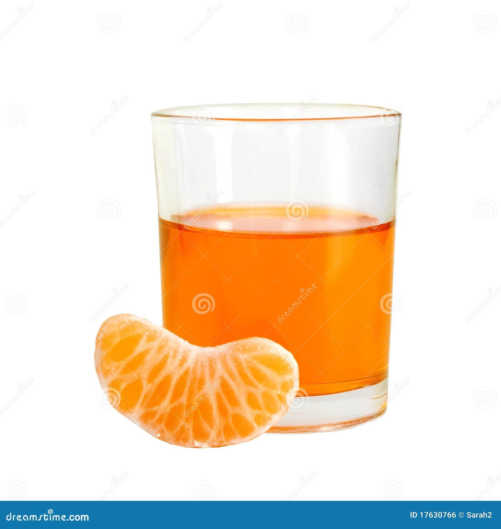 Orangeade avec le segment de fruit