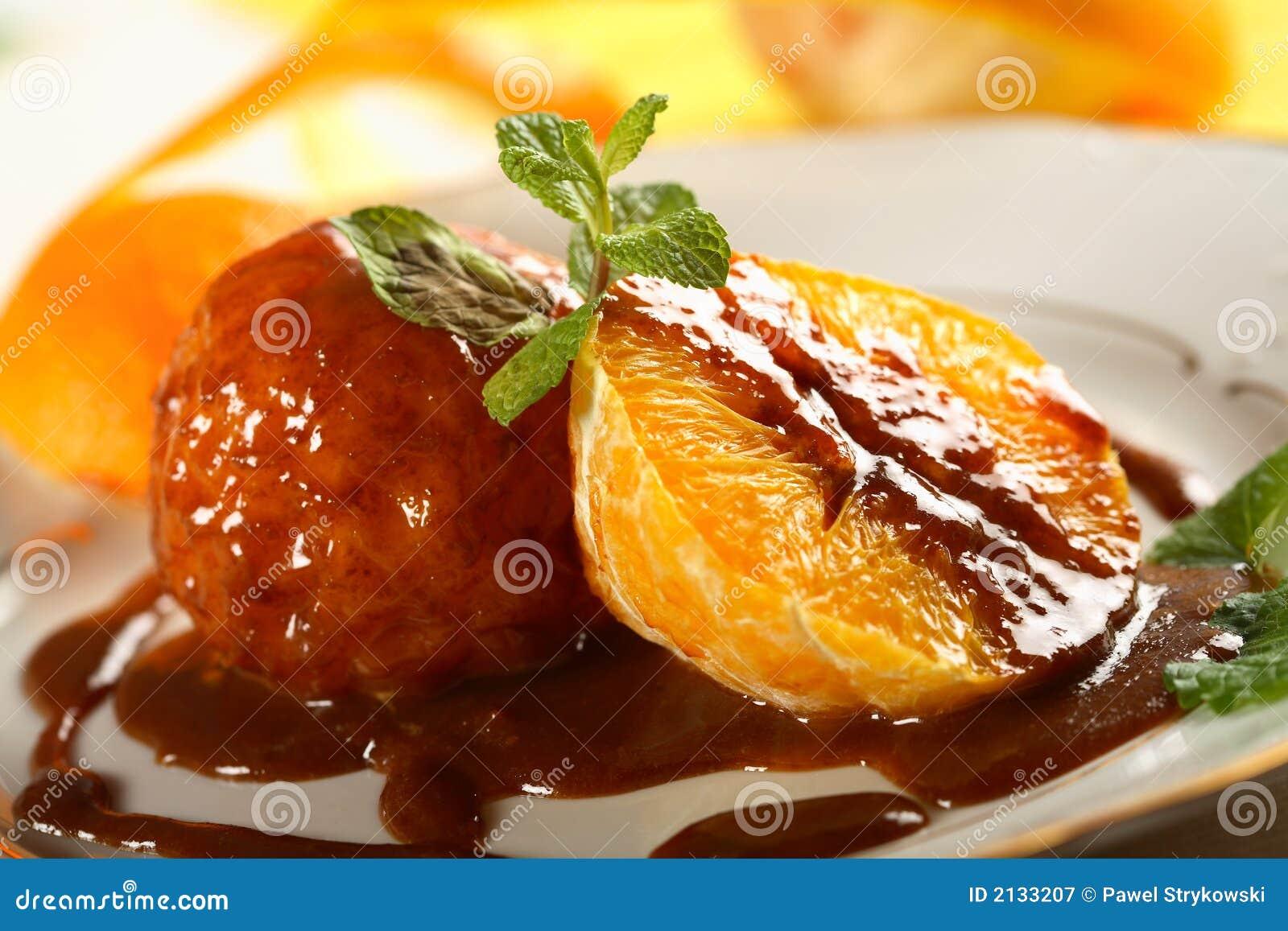 Oranges dans la rectification de chocolat